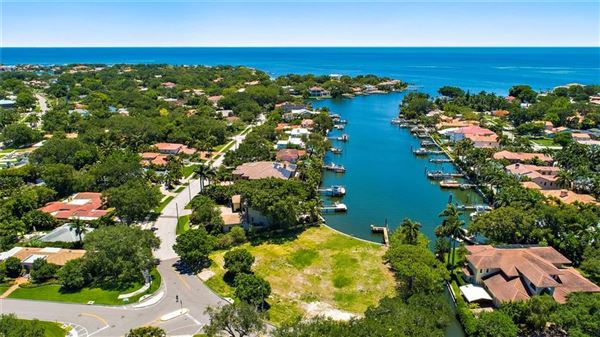 Luxury properties incredible estate-sized waterfront property