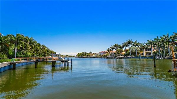 Luxury homes in incredible estate-sized waterfront property
