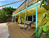 adorable beach get-a-way luxury real estate