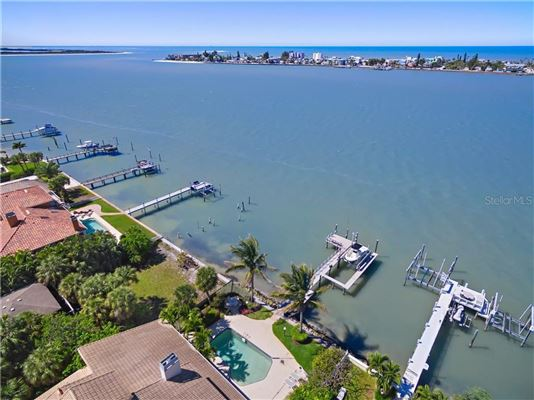 a Paradise on PASS-A-GRILLE Channel luxury homes