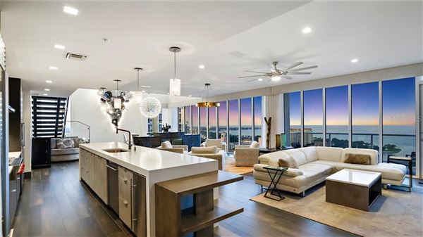 magnificent Penthouse in the bliss complex luxury homes