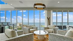 Luxury homes in magnificent Penthouse in the bliss complex