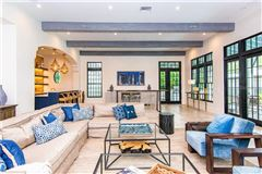 Resort-Like Home in the Heart of South Tampa mansions