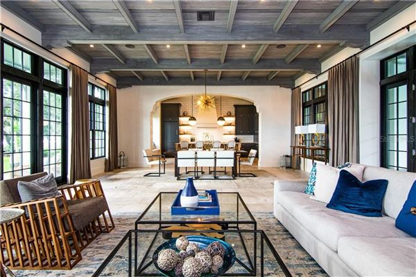 Resort-Like Home in the Heart of South Tampa luxury properties