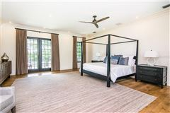 Luxury properties Resort-Like Home in the Heart of South Tampa