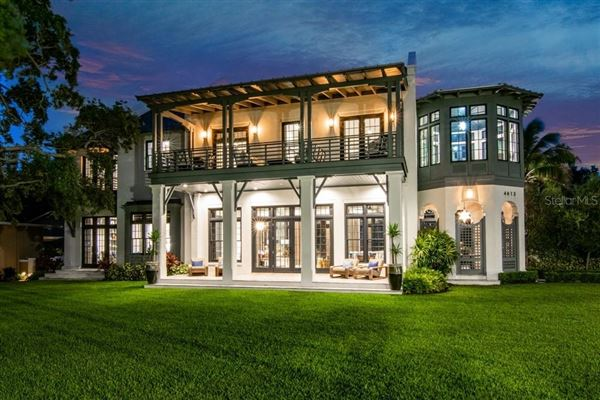 Mansions in Resort-Like Home in the Heart of South Tampa