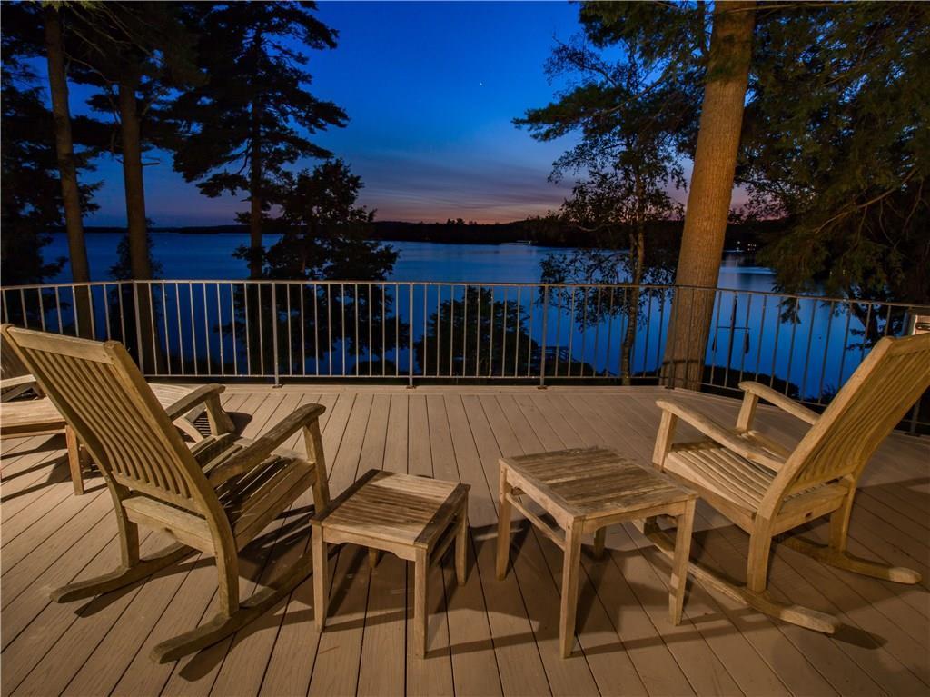 Mansions in Stunning Lakefront Estate
