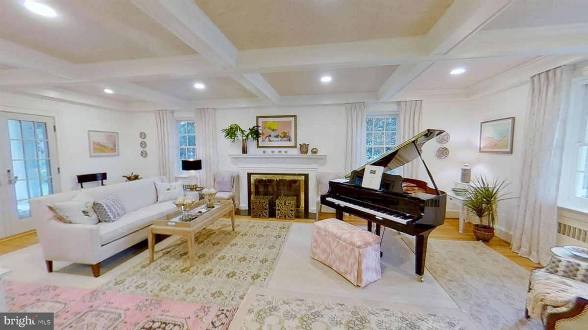 grand home in premium Baker Park location mansions