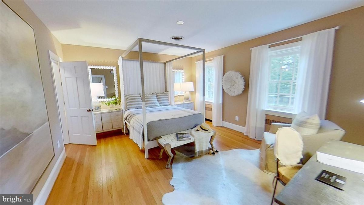 Luxury real estate grand home in premium Baker Park location