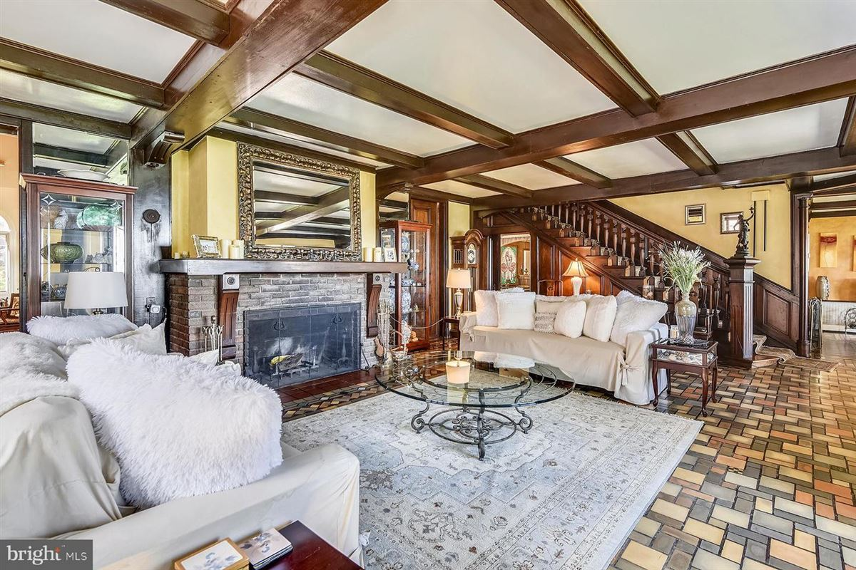 Luxury homes in The most iconic home in Bay Ridge