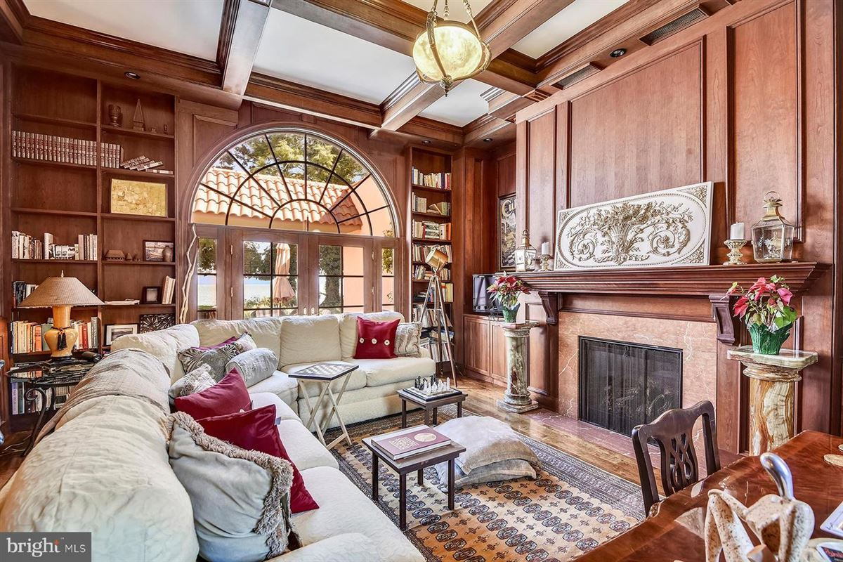 The most iconic home in Bay Ridge luxury real estate