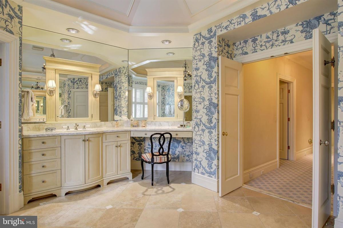 Mansions in an exquisite home in bethesda