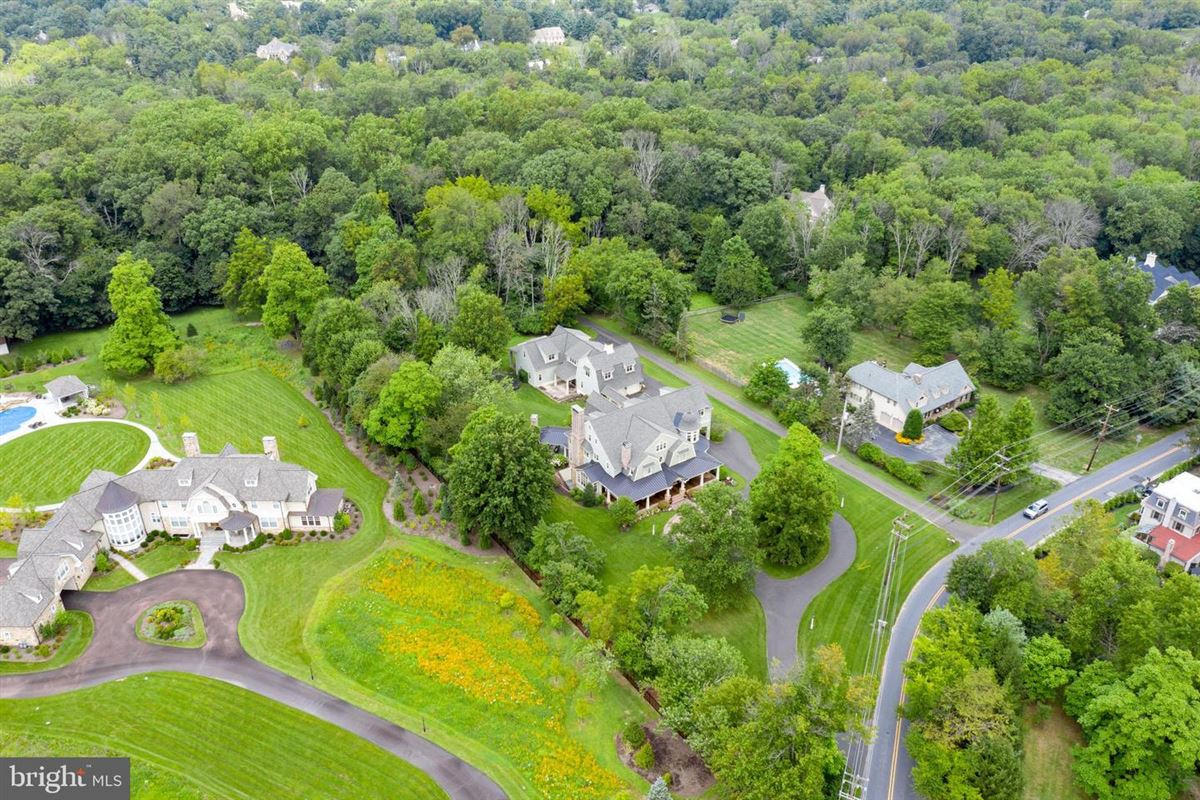 exquisite custom designed home on a spacious lot luxury real estate