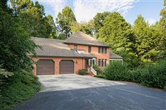 Luxury homes  magnificent property in Cowford