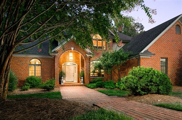 Luxury real estate  magnificent property in Cowford