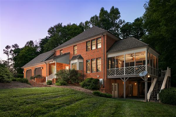 magnificent property in Cowford luxury real estate