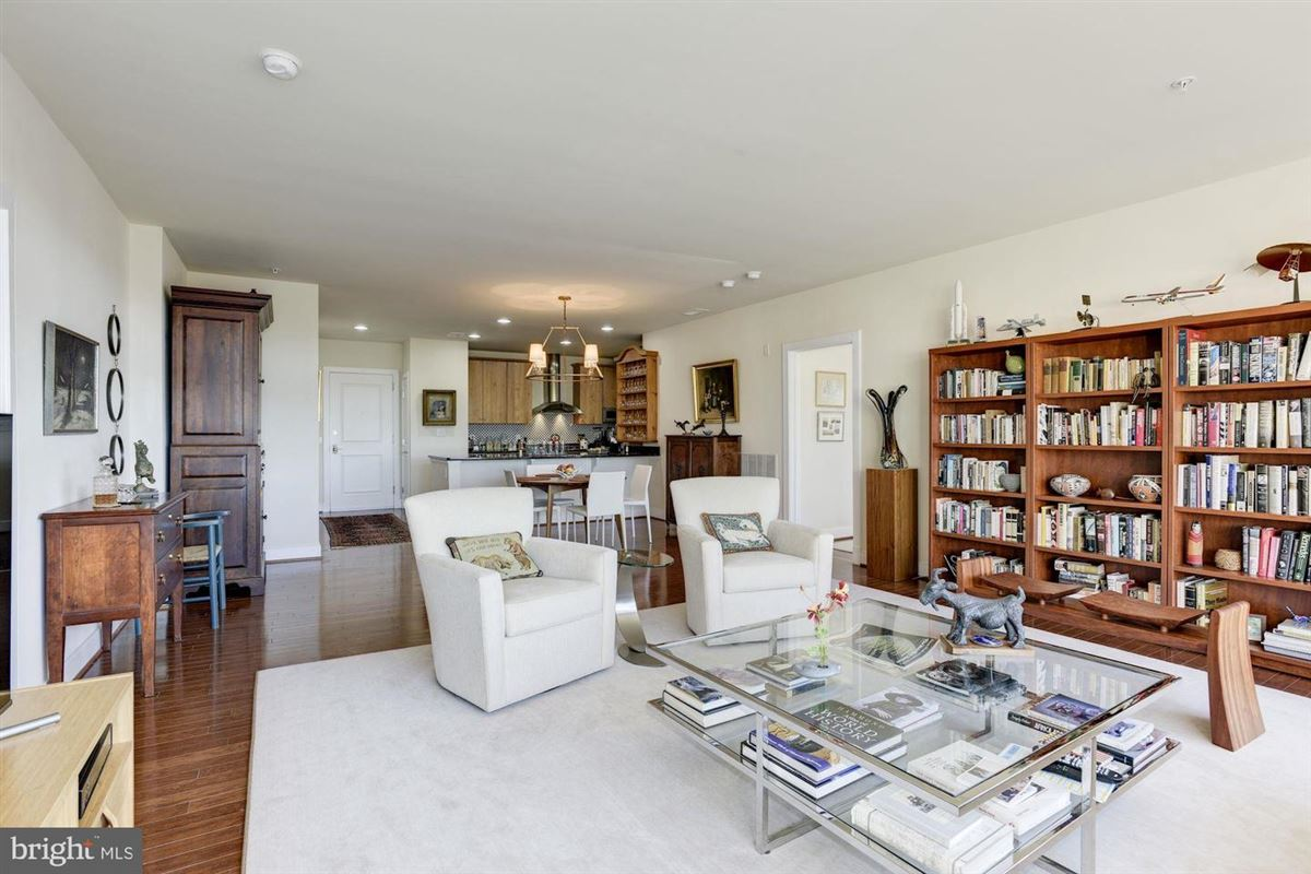 Luxury homes Fabulous penthouse with wonderful views
