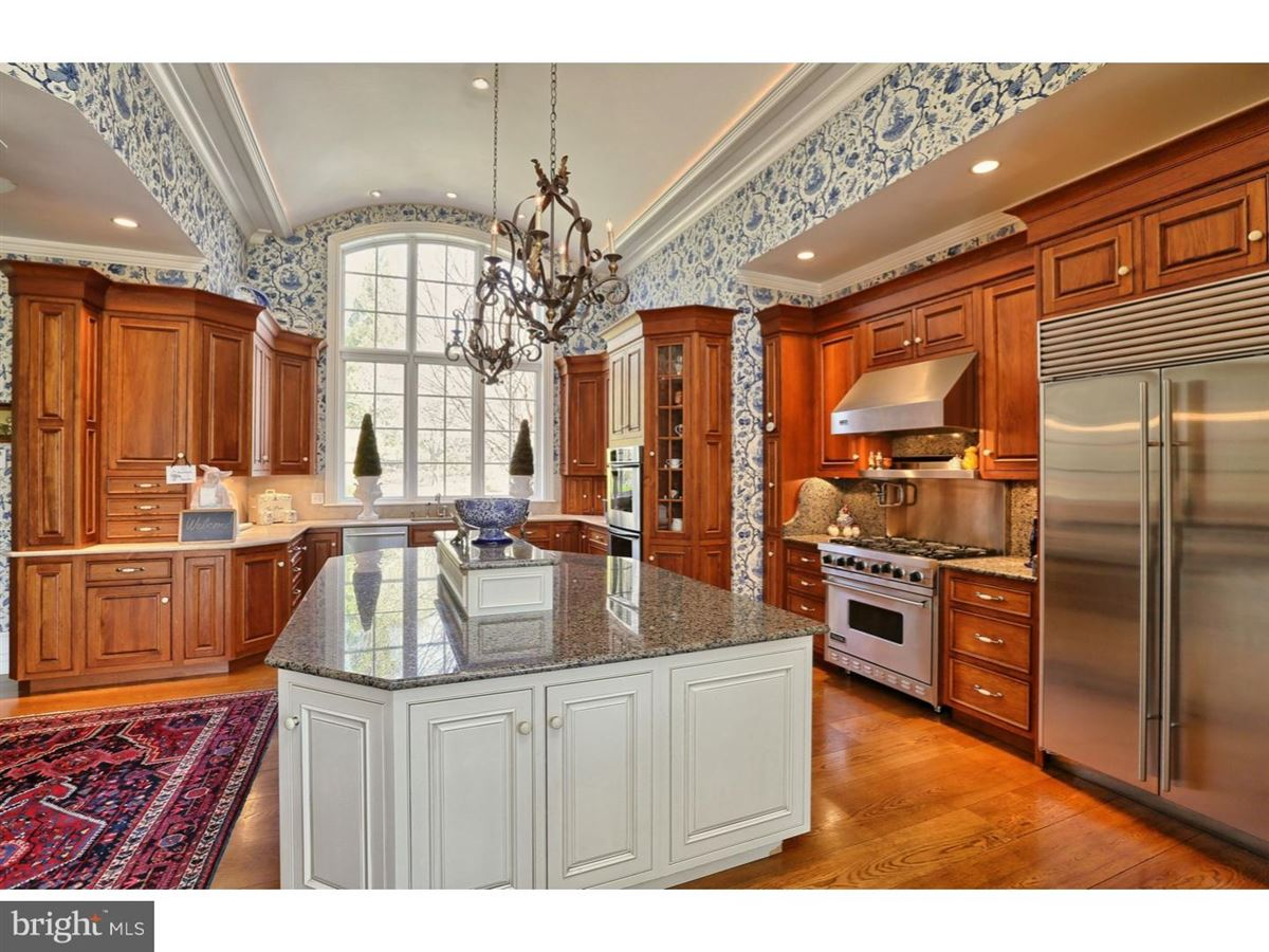 Luxury real estate Foxwynd - English Country estate on over 4 acres