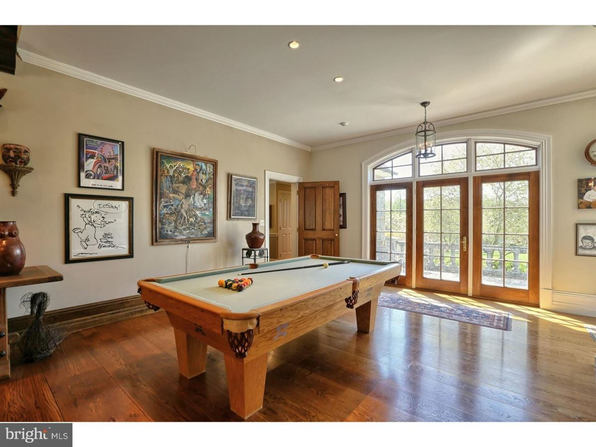 Luxury homes in Foxwynd - English Country estate on over 4 acres