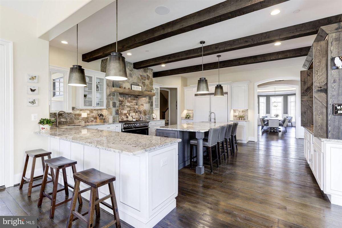 Luxury real estate distinctive custom luxury estate on 18 acres