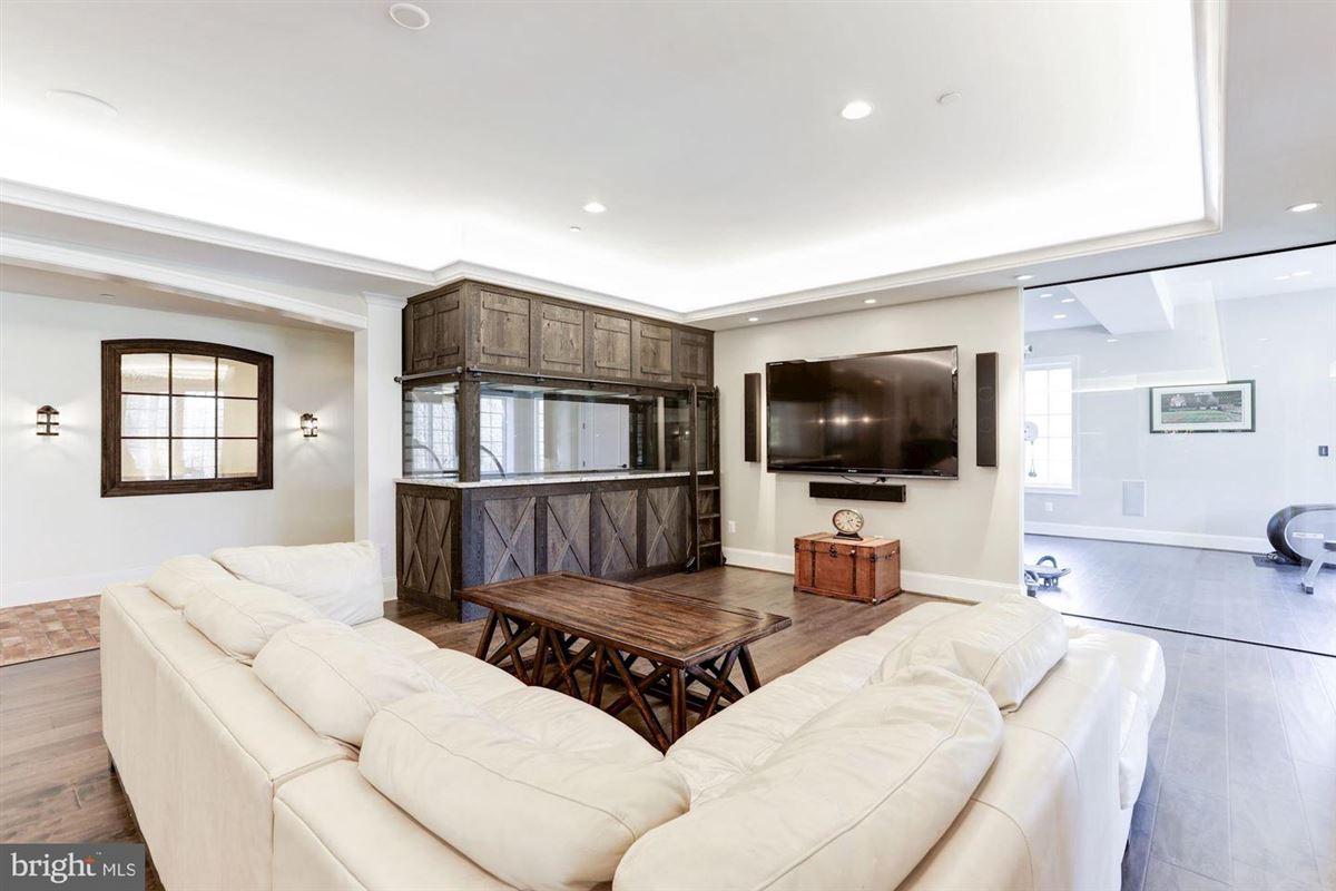 distinctive custom luxury estate on 18 acres luxury real estate