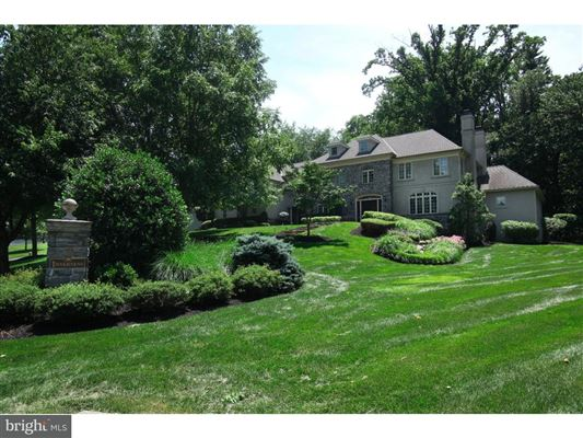 Mansions rare Inverness stone and stucco Colonial