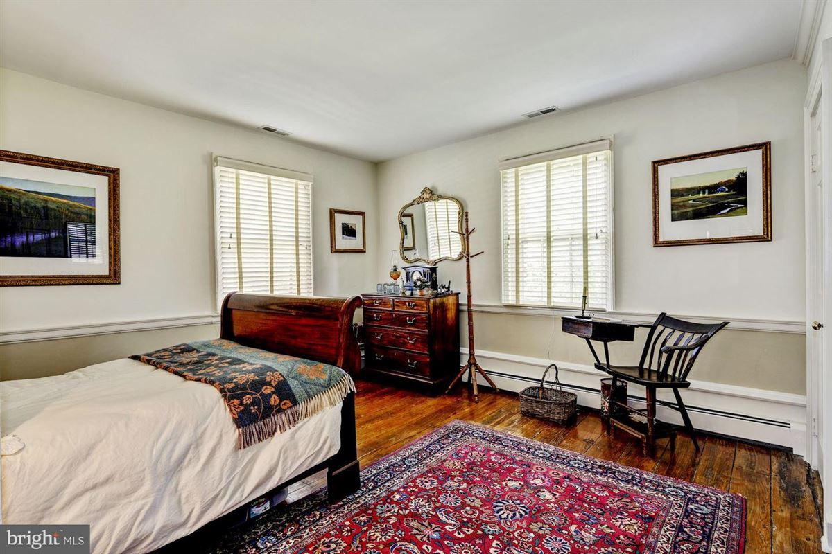 Hickory Ridge luxury properties