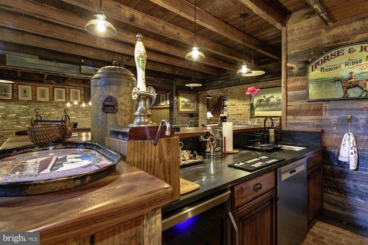 Hickory Ridge luxury homes