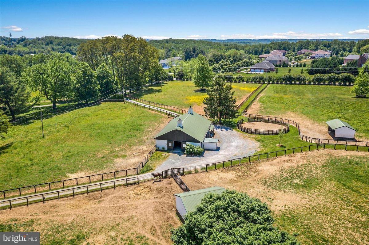 Hickory Ridge luxury real estate