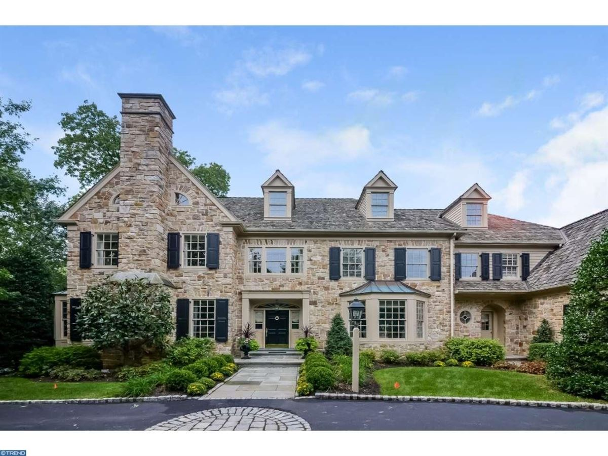 Stately Manor Home In Bryn Mawr