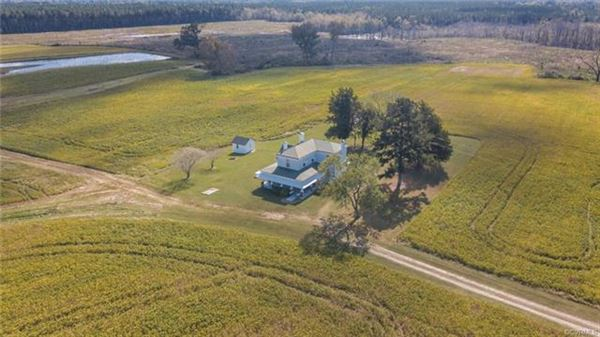 beautiful property in stony creek luxury real estate
