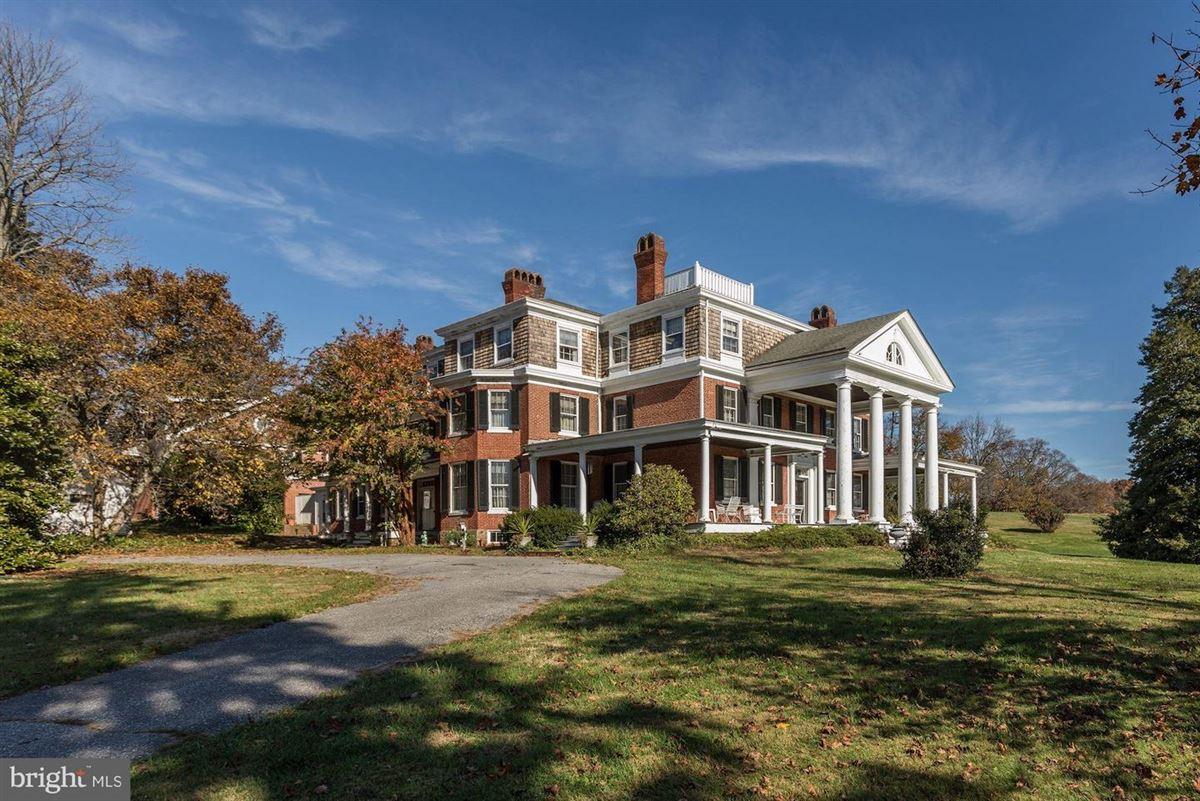 Oakdale luxury homes