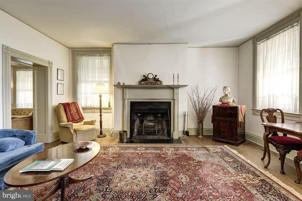 Luxury real estate Oakdale