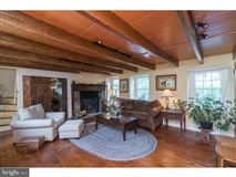 Magnificent equestrian estate of over 100 acres luxury homes