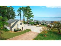 magnificent views of the Rappahannock River luxury properties