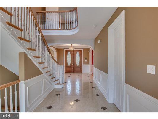 beautiful custom home full of upgrades luxury homes