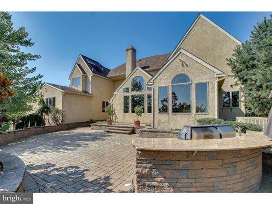 Luxury real estate beautiful custom home full of upgrades