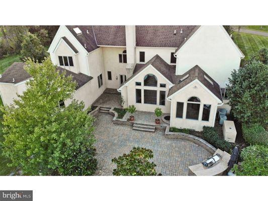 beautiful custom home full of upgrades luxury properties