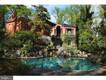 Mansions in ROCK ROSE - a commanding estate
