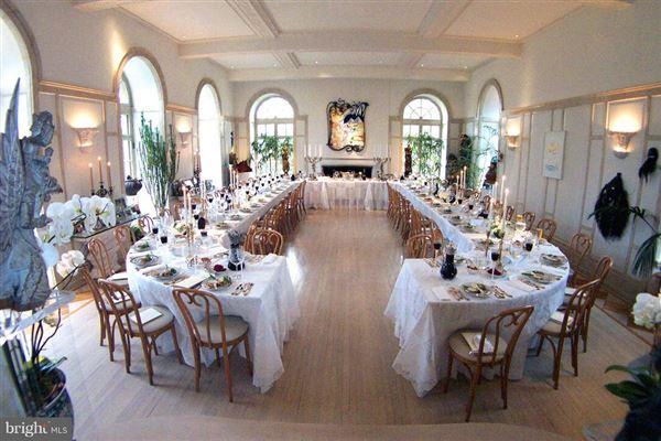 Luxury properties ROCK ROSE - a commanding estate