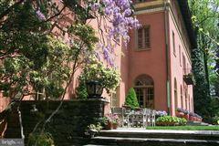 Luxury homes ROCK ROSE - a commanding estate