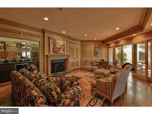 spectacular architect designed custom built home luxury properties