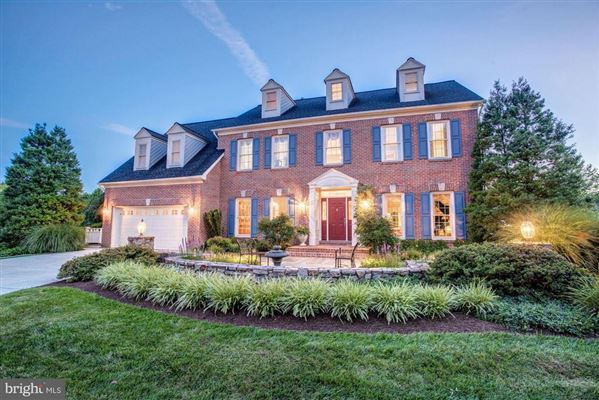 LIGHT FILLED BRICK FRONT COLONIAL HOME | Maryland Luxury Homes | Mansions  For Sale | Luxury Portfolio