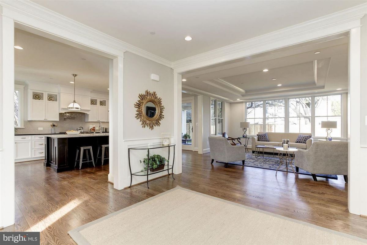 Luxury homes new home with Superior craftsmanship at every turn
