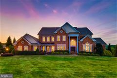 Luxury homes Extraordinary home on a premier lot