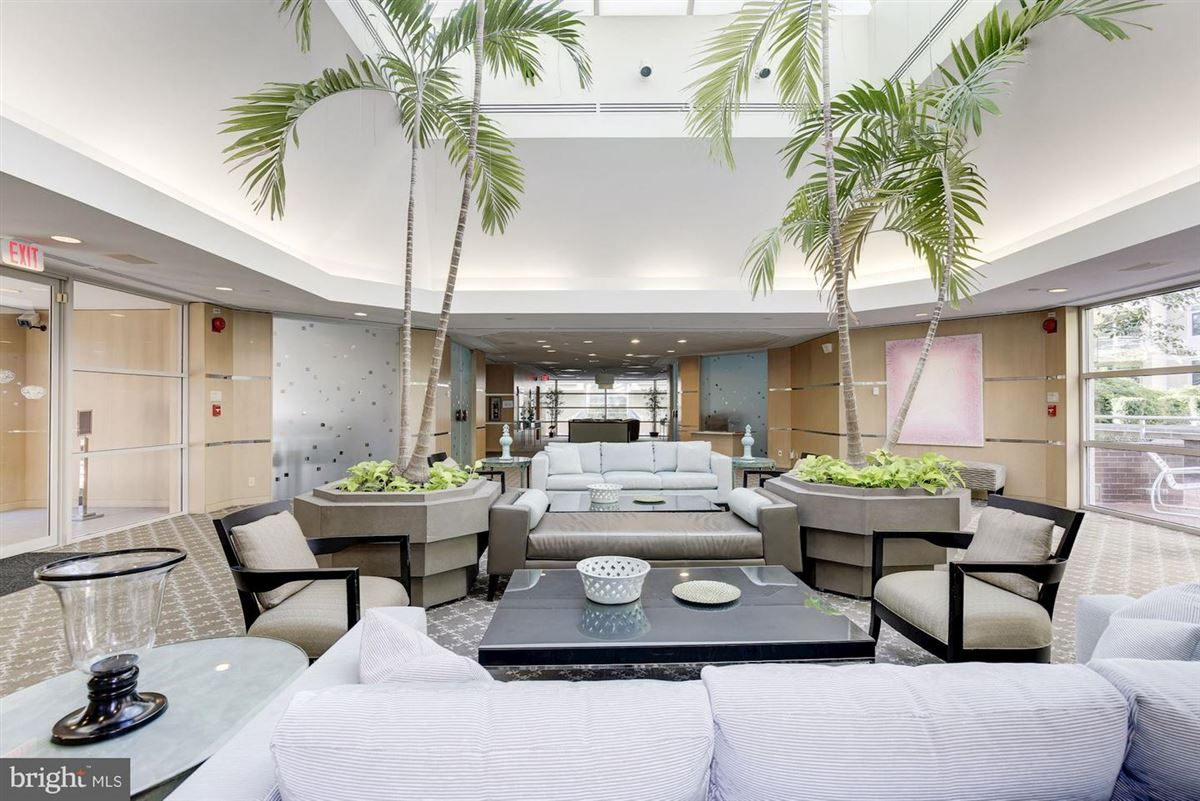 The ultimate in luxurious urban living mansions
