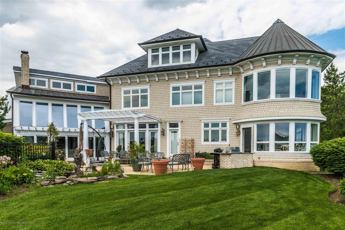 private and stately waterfront residence luxury homes