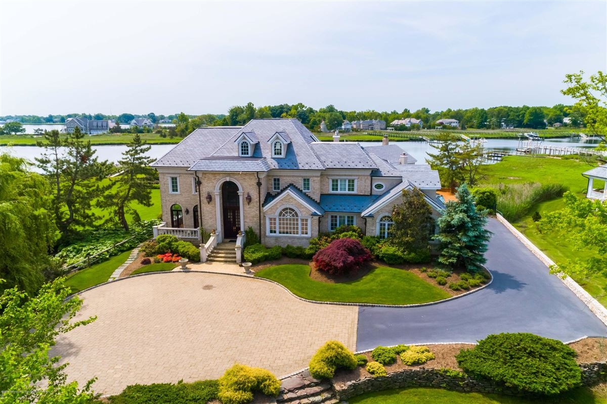 Luxury real estate private and stately waterfront residence
