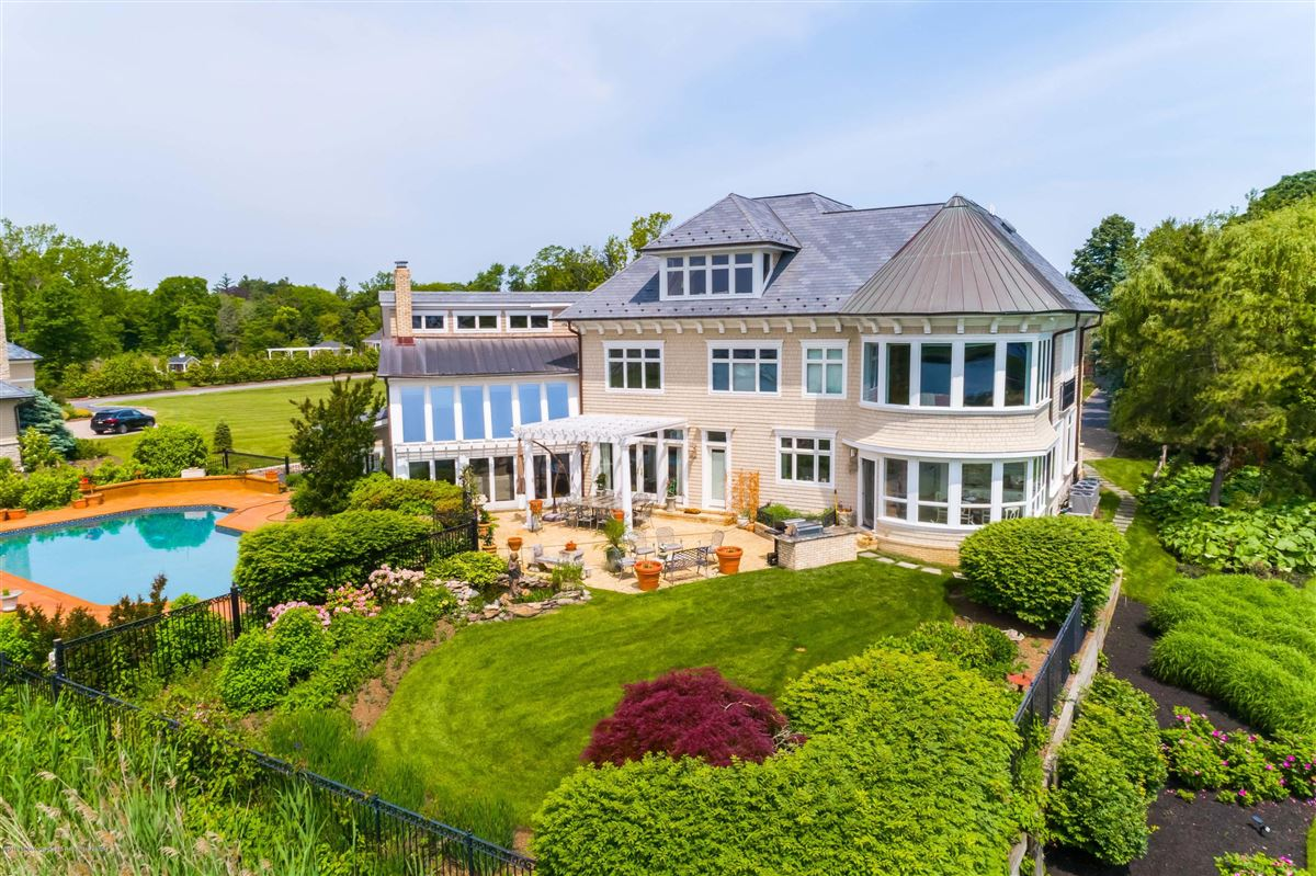 private and stately waterfront residence luxury real estate