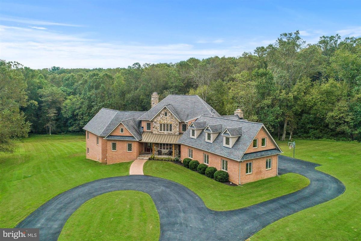 supremely private custom green home one eight acres luxury properties